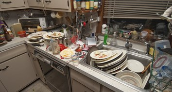 Your Pile of Dishes Proves You Will Fail at Entreprenuership