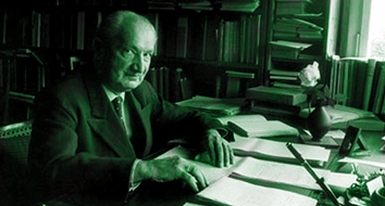 Martin Heidegger: Philosopher of Nazism and Other Collectivist Cults