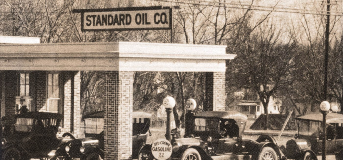 john d rockefeller and the standard oil trust case John d rockefeller: lover of money or  the standard oil company in short, rockefeller  precisely because he lost the anti-trust suit, rockefeller was.