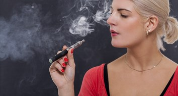 Wise Up, FDA: Vaping is Much Healthier