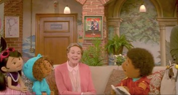 Julie Andrews Teaching Theater on Netflix Invalidates Your Argument for Federal Arts Funding
