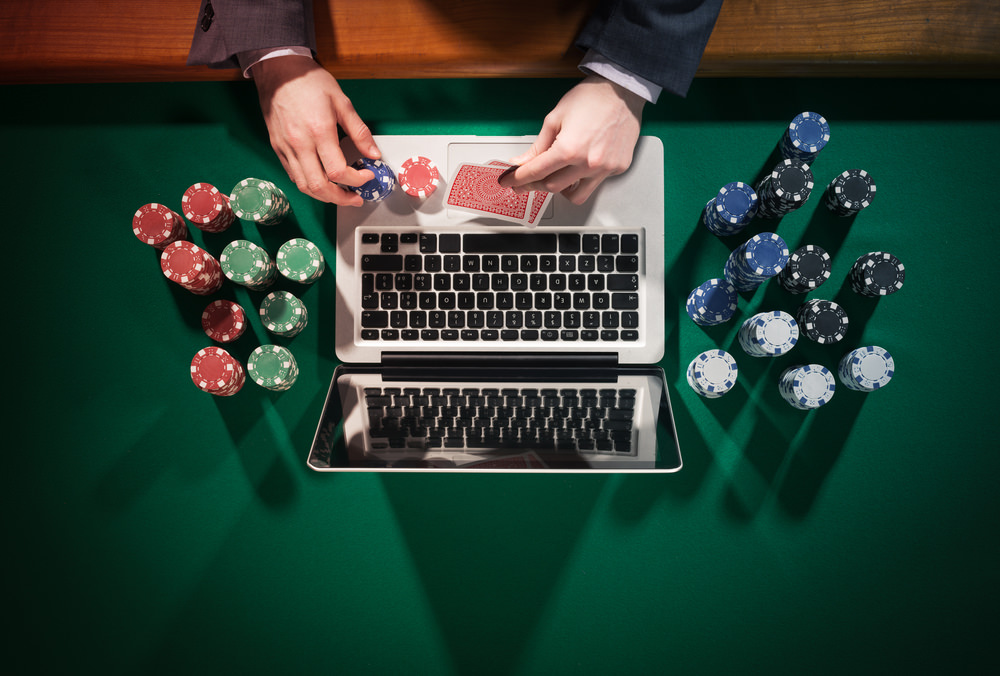 Gambling online microgaming mobile casino bonuses