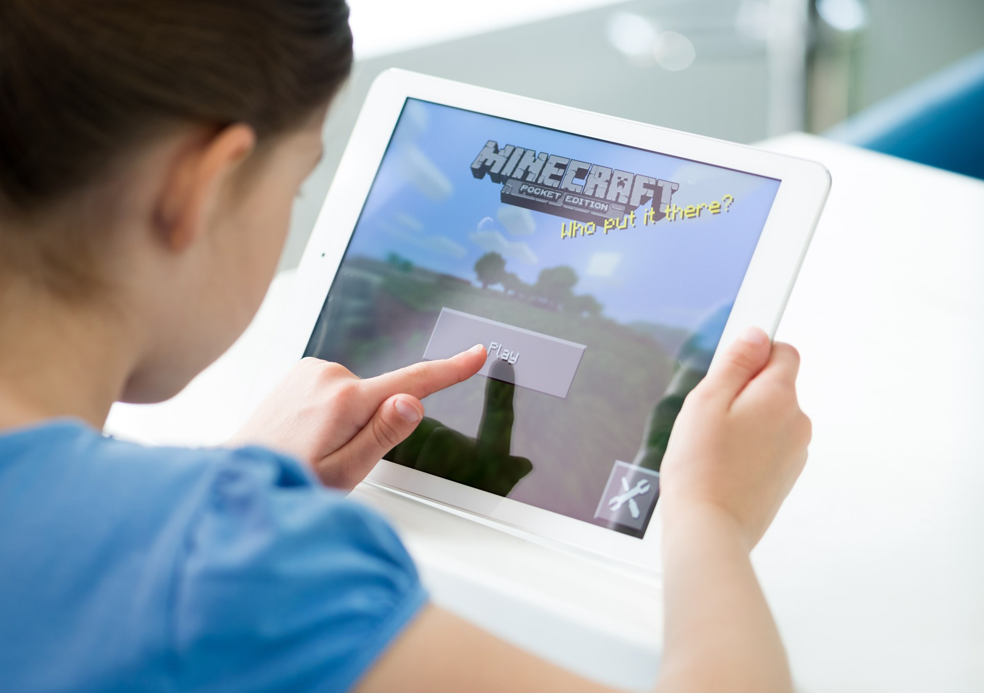 What Minecraft Can Teach Kids About Economics and Life - Foundation
