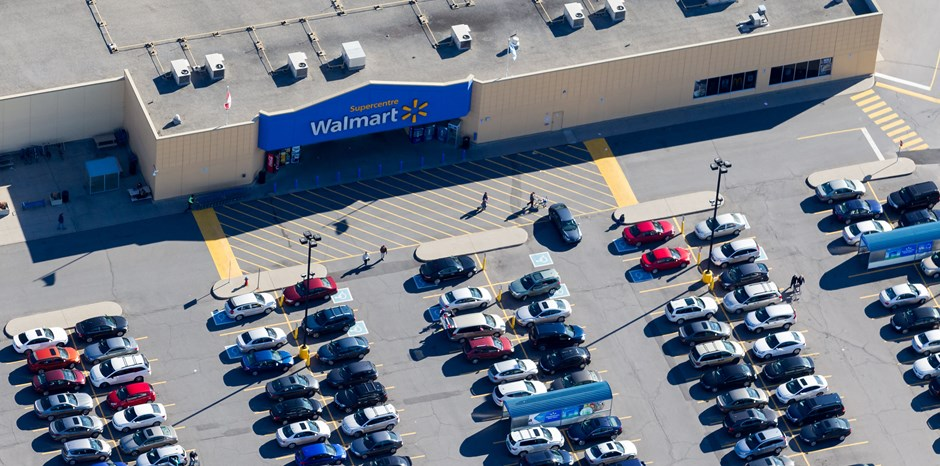 Who Actually Holds Walmart's Wealth?