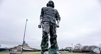 Removing Statues of Violent Bigots? Start with Che