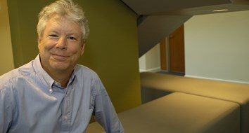 Nobel Prize Goes to Richard Thaler, Behavioral Economist