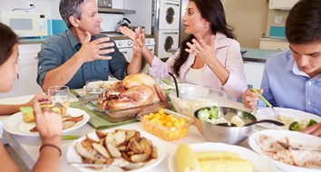 5 Ways To Avoid Thanksgiving Dinner Fights