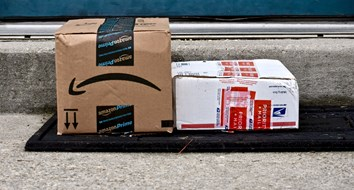 The Postal Service Is the Problem, Not Amazon