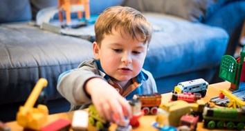 3 Reasons Parents Shouldn't Force Kids to Share Their Toys