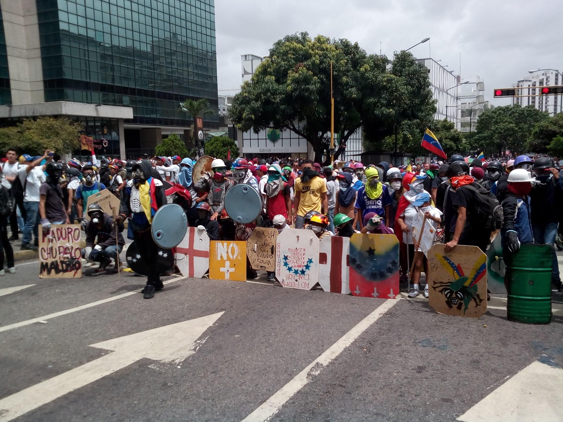 What Life Inside Venezuela's Crumbling Authoritarian ...