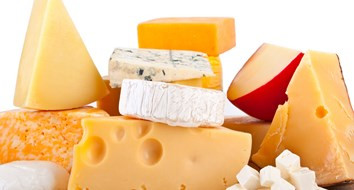 Why Does the Federal Government Have 1.4 Billion Pounds of American Cheese Stockpiled?