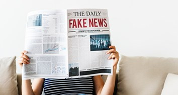 Should (Can) Fake News Be Regulated?