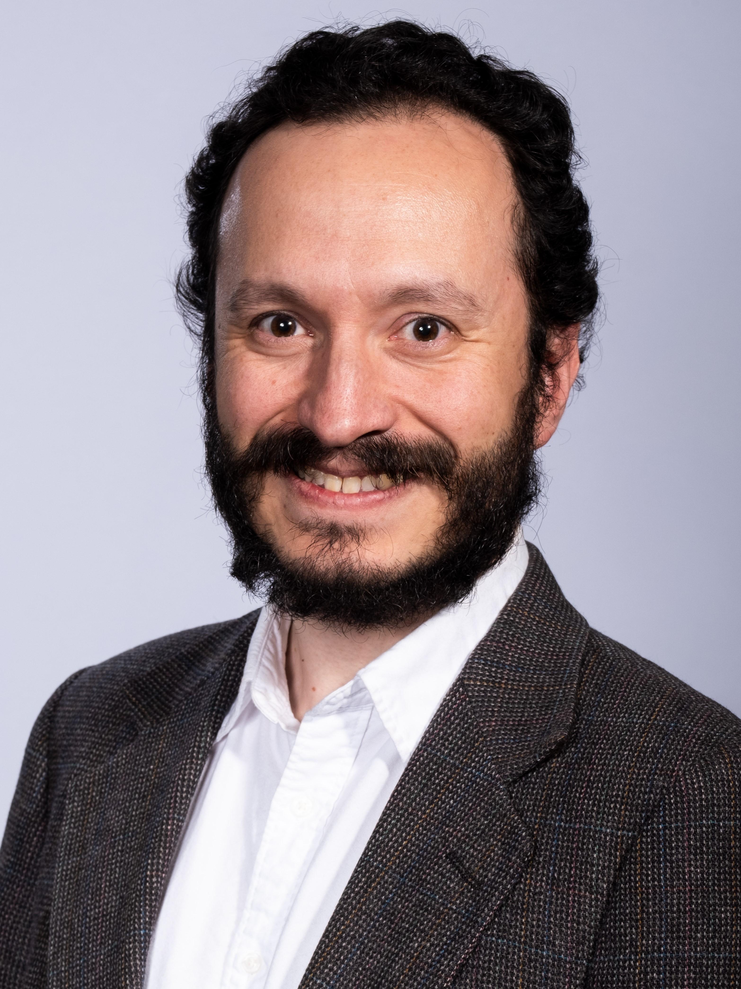 Peter Quinones