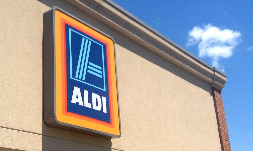 The Supermarket Chain That Is Upending America's Grocery Industry by Maximizing Efficiency