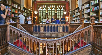 How Portugal's Livraria Lello Uses Price Discrimination to Improve Its Business