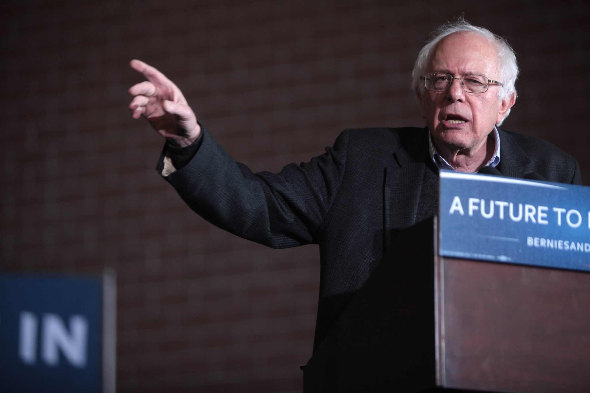 Sorry, Sen. Sanders: Minimum Wage Hikes Reduce Real Income for Workers