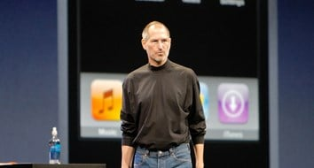 Steve Jobs's Unveiling of the iPhone Holds a Timeless Economic Lesson