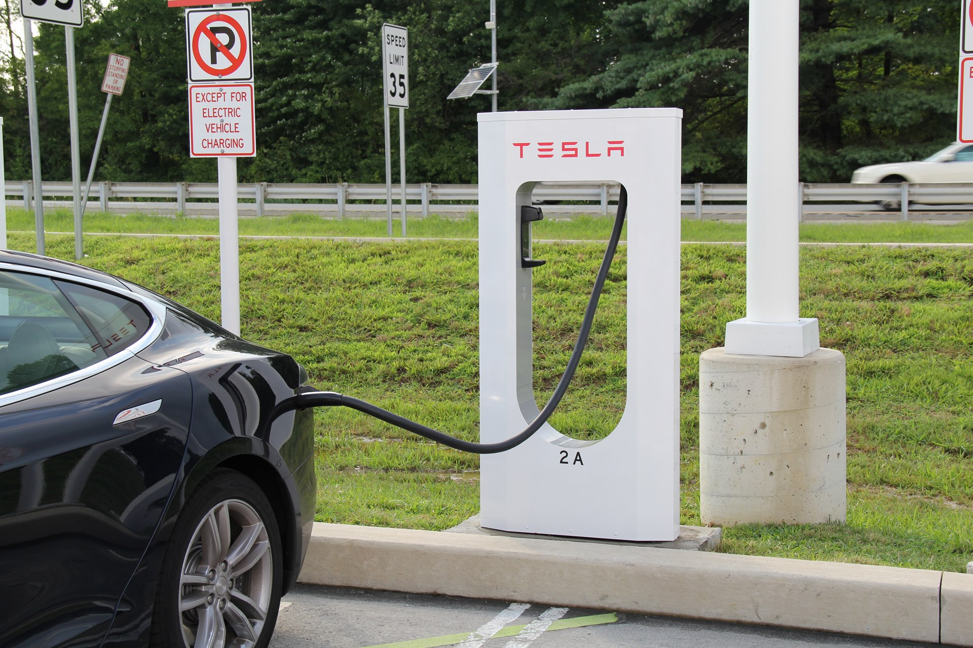 Electric Cars Vs Gas Cars >> Electric Cars Vs Gas Cars Is The Conventional Wisdom Wrong