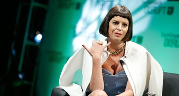 #GIRLBOSS Author Left School, Built $100 Million Company