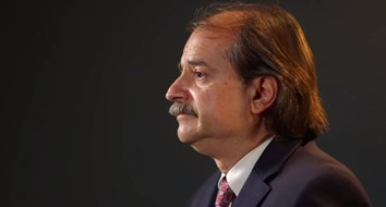 "John Ioannidis Warned COVID-19 Could Be a ""Once-In-A-Century"" Data Fiasco. He Was Right"