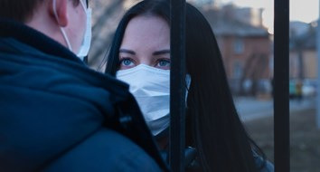 New Danish Study Finds Masks Don't Protect Wearers From COVID Infection